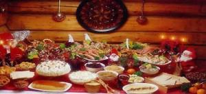 table avec des plats de fêtes de fin d'année